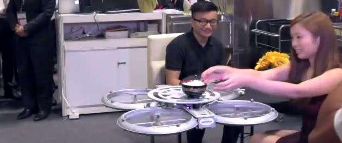 drone singapore, drone cameriere